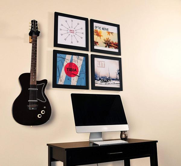 Art vinyl is a completely unique way to display your records and still be able to play them! Play&display lets you display records on your wall. This frame is perfect for hanging up your record to showcase.