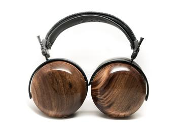 ZMF make masterful wooden headphones. The top of the range Closed backs, ZMF Verite aim to take the crown from Focal Utopia headphone. Available at The Listening Post Christchurch and Wellington.