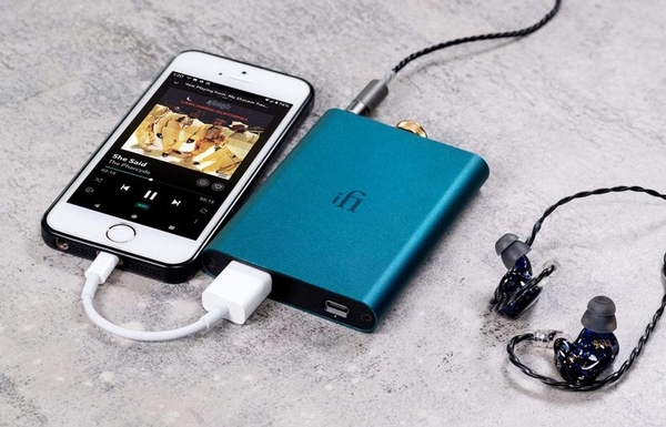 iFi Hip Dac with Phone