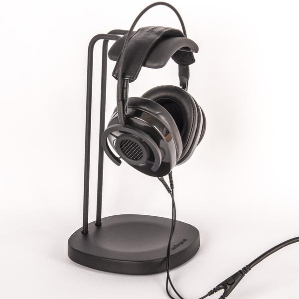 AudioQuest Perch Headphone Stand not only looks good but doesn´t stretch the band. Audio quest´s headphone stands are perfect for all headphones. Available online or at The Listening Post Christchurch and Welllngton